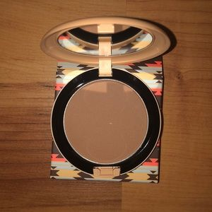 Limited Edition MAC Bronzer